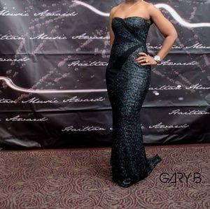 BADGLEY MISCHKA size 4 long formal black dress